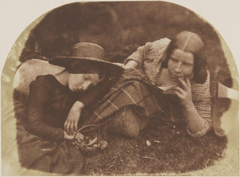 Mary McCandlish; Margaret Arkley (née McCandlish), by David Octavius Hill, and  Robert Adamson, 1843-1848 - NPG P6(177) - © National Portrait Gallery, London