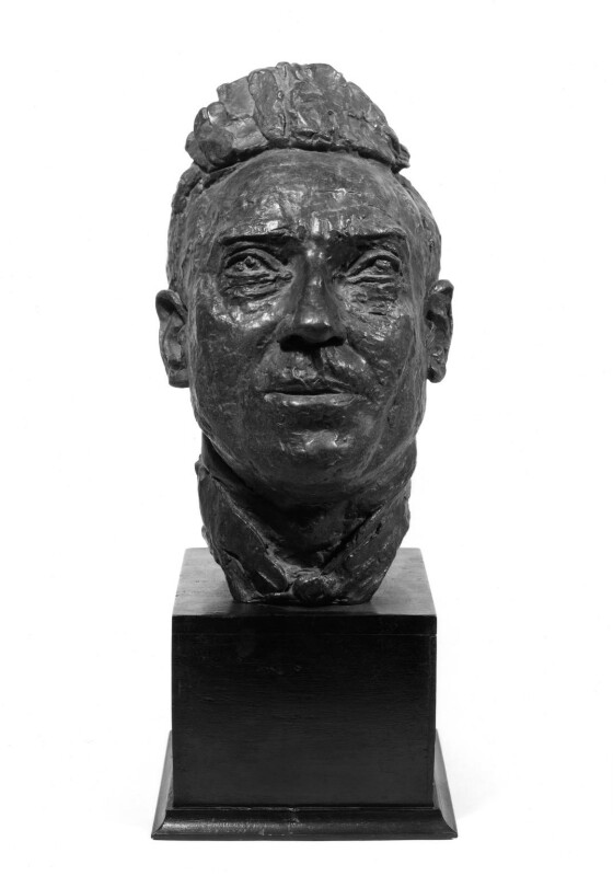 William Henry Davies, by Jacob Epstein, 1916 - NPG 3885 - Photograph © National Portrait Gallery, London