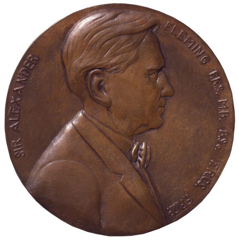 Alexander Fleming, by Frank Kovacs, 1955 - NPG 4238 - Photograph © National Portrait Gallery, London