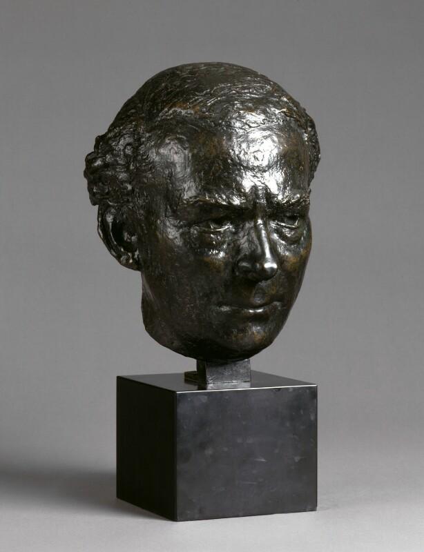 Hugh Todd Naylor Gaitskell, by Leslie Cubitt Bevis, 1963 - NPG 4530 - Photograph © National Portrait Gallery, London