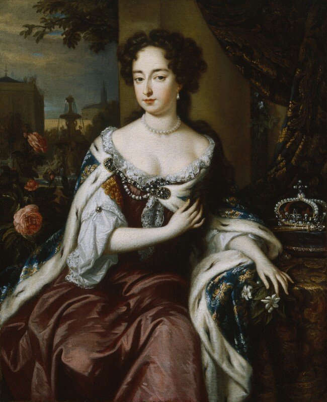 Queen Mary II, by Jan Verkolje, circa 1688 - NPG 606 - © National Portrait Gallery, London