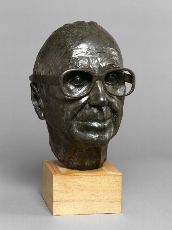 Sir Ove Arup, by Diana Brandenburger, 1987 - NPG 5968 - Photograph © National Portrait Gallery, London
