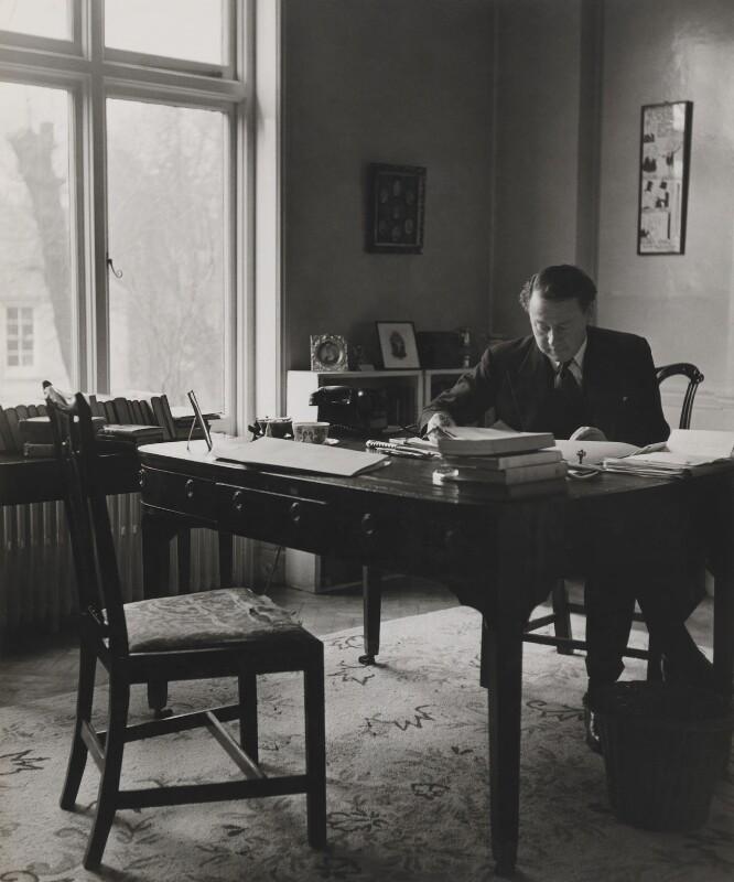 Hugh Todd Naylor Gaitskell, by Philippe Halsman, 1955 - NPG P399 - © Philippe Halsman / Magnum Photos