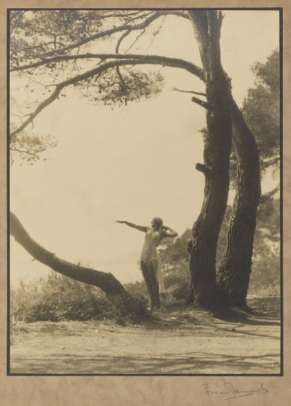 Margaret Morris, by Fred Daniels, 1924 - NPG P392 - © Estate of Fred Daniels / National Portrait Gallery, London