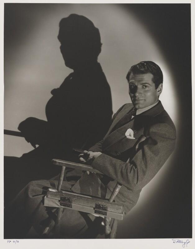 Laurence Kerr Olivier, Baron Olivier, by Laszlo Willinger, 1940 - NPG P236 - © Laszlo Willinger / Kobal Collection