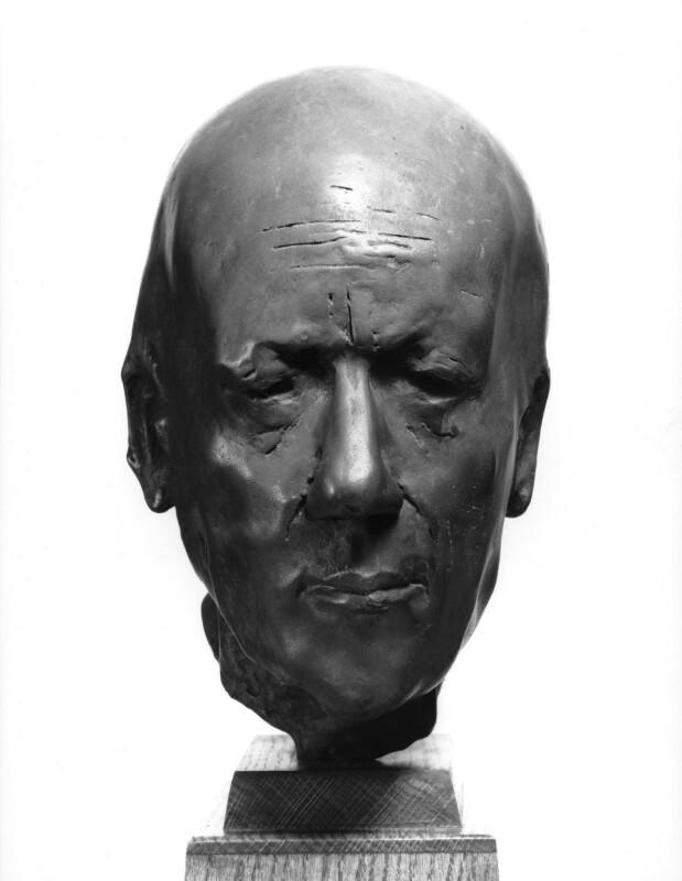Alan Rawsthorne, by Roy Noakes, 1965 - NPG 5842 - © National Portrait Gallery, London