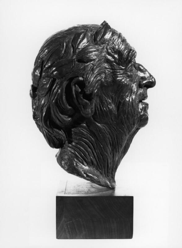 Sir (Bertram) Clough Williams-Ellis, by Hans Feibusch, 1976 - NPG 5967 - © National Portrait Gallery, London