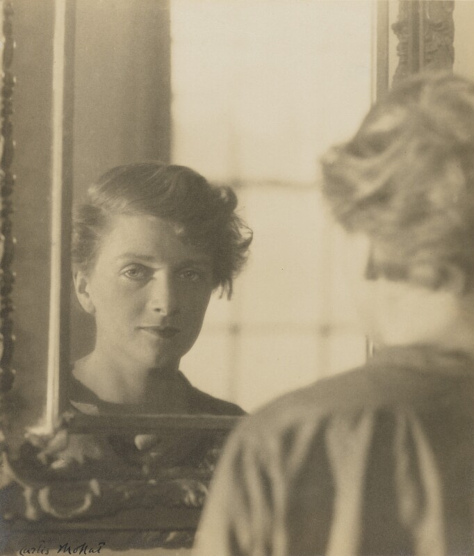 Dame Gladys Cooper, by Curtis Moffat, 1925 - NPG P430 - © estate of Curtis Moffat