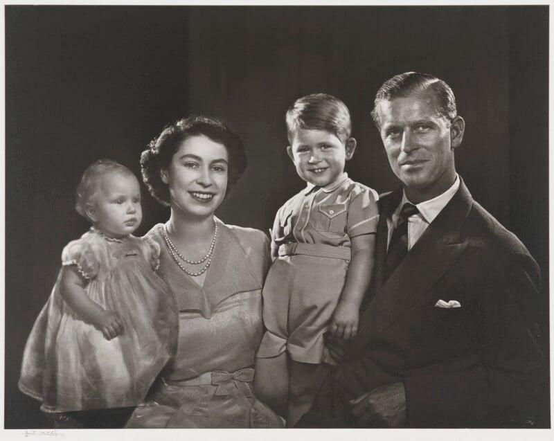 The Royal Family, by Yousuf Karsh, 1951 - NPG P347 - © Karsh / Camera Press
