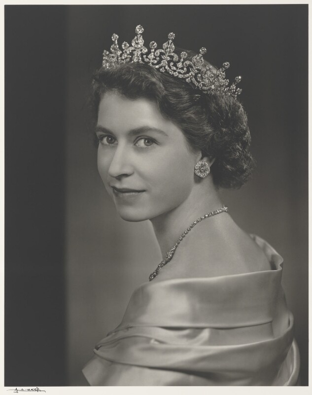 Queen Elizabeth II, by Yousuf Karsh, 1951 - NPG P490(25) - © Karsh / Camera Press