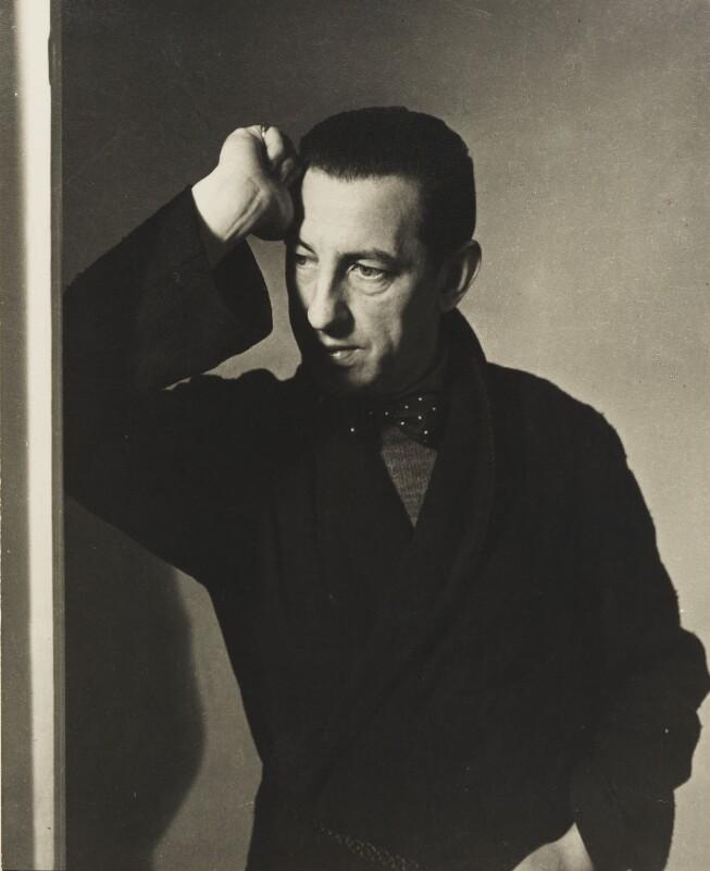 Paul Nash, by Helen Muspratt, 1932 - NPG P568 - © National Portrait Gallery, London