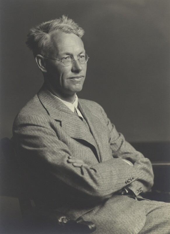 Sir Christopher Howard Andrewes, by Walter Stoneman, May 1939 - NPG x163623 - © National Portrait Gallery, London