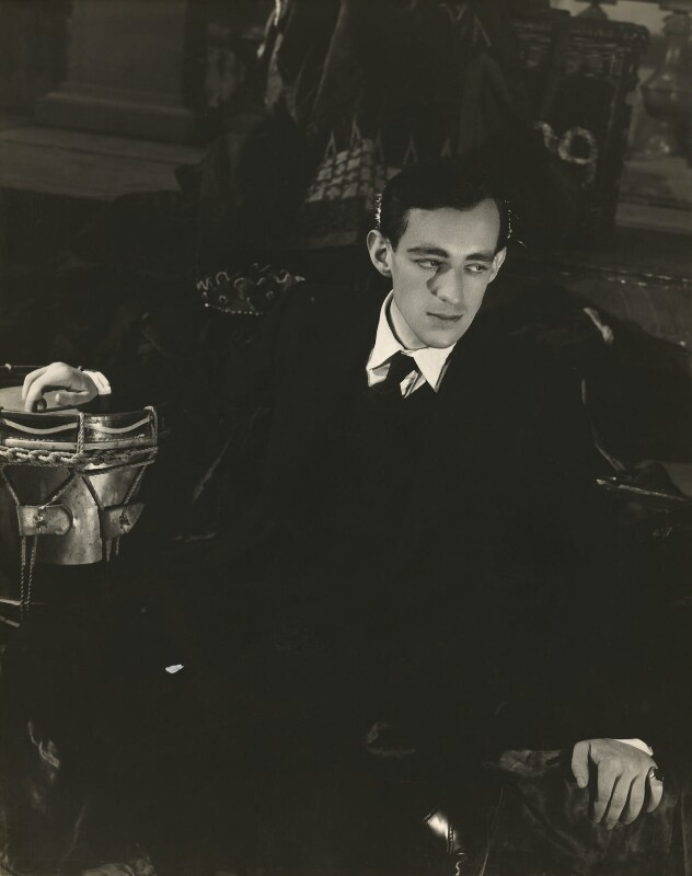 Sir Alec Guinness as Hamlet, by Angus McBean, 1938 - NPG x127700 - Angus McBean Photograph. © Harvard Theatre Collection, Harvard University.