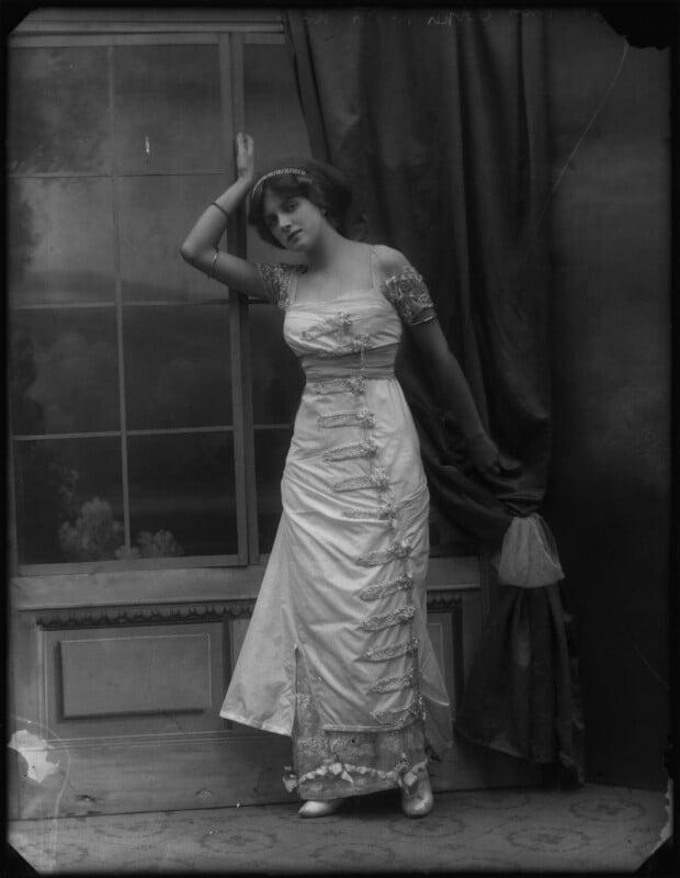 Dame Gladys Cooper, by Bassano Ltd, 1910 - NPG x127671 - © National Portrait Gallery, London
