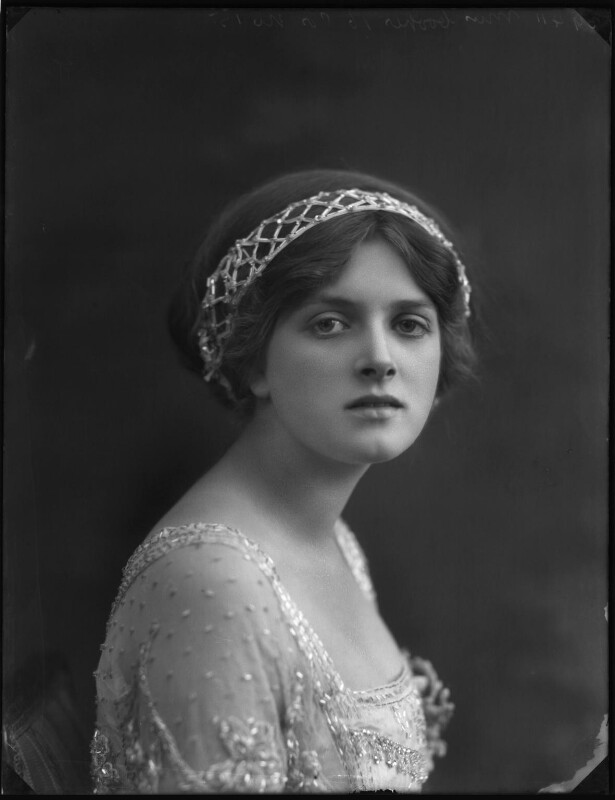 Dame Gladys Cooper, by Bassano Ltd, 1910 - NPG x127674 - © National Portrait Gallery, London