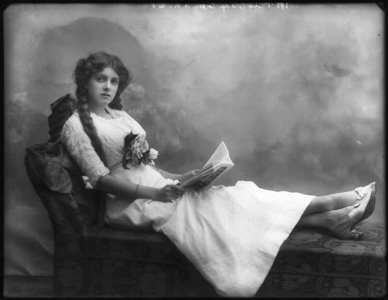 Dame Gladys Cooper, by Bassano Ltd, 1910 - NPG x127678 - © National Portrait Gallery, London