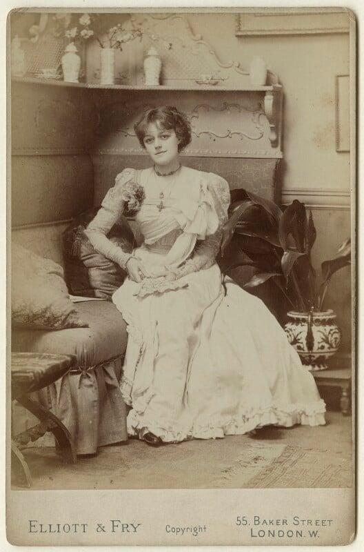 Violet Vanbrugh (Violet Augusta Mary Barnes), by Elliott & Fry, late 1880s - NPG x127954 - © National Portrait Gallery, London