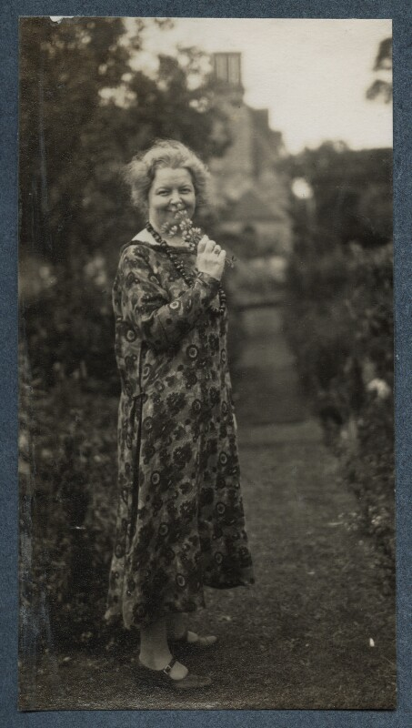 Junia von Anrep (née Yuniya Khitrovo), by Lady Ottoline Morrell, July 1926 - NPG Ax142605 - © National Portrait Gallery, London