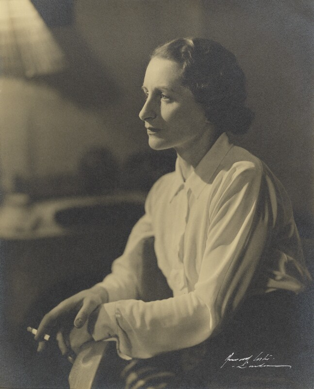 Vera Brittain, by Howard Coster, 1936 - NPG P712 - © National Portrait Gallery, London