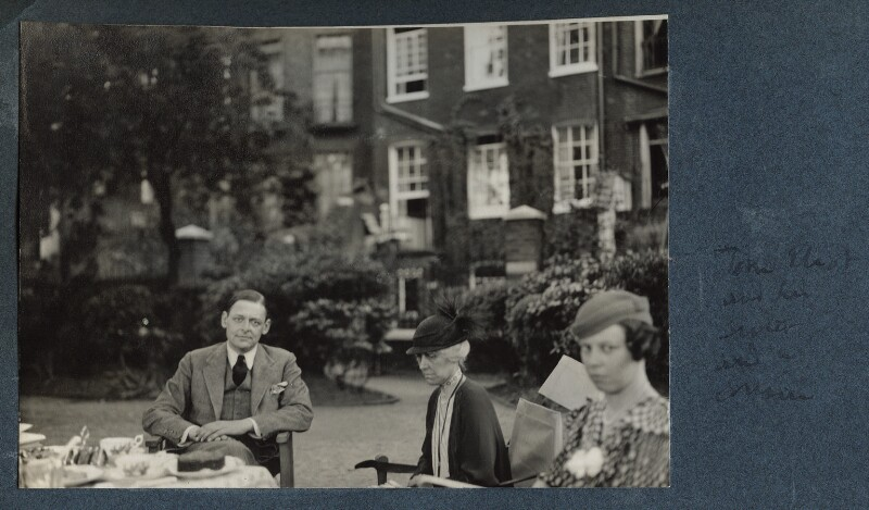 T.S. Eliot with his sister and his cousin, by Lady Ottoline Morrell, 1934 - NPG Ax143671 - © National Portrait Gallery, London