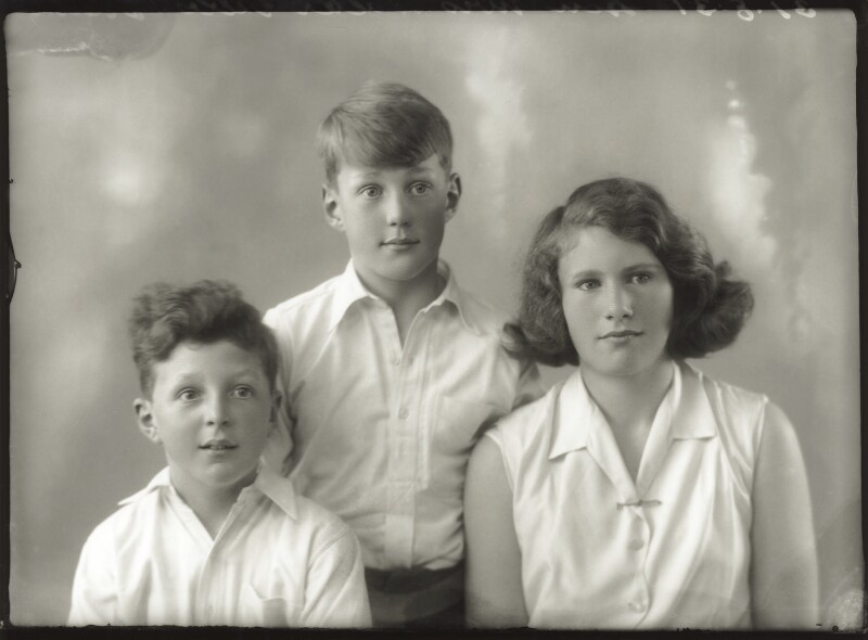 Anthony Durant Gibbs, 5th Baron Aldenham; Hon. Vicary Paul Gibbs; (Mary) Theresa Hyde (née Villiers), Lady Wilkinson, by Bassano Ltd, 31 August 1931 - NPG x150604 - © National Portrait Gallery, London
