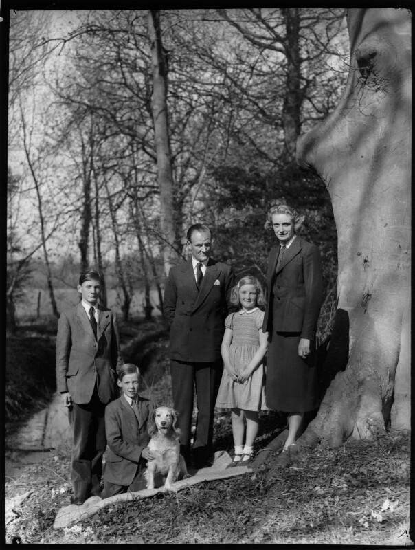 The Allhusen family, by Navana Vandyk, 21 April 1953 - NPG x98998 - © National Portrait Gallery, London
