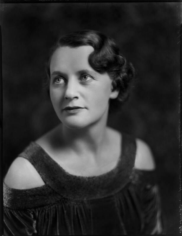 Frieda Napier (née Lewis, later Mason), by Bassano Ltd, 26 October 1933 - NPG x150945 - © National Portrait Gallery, London