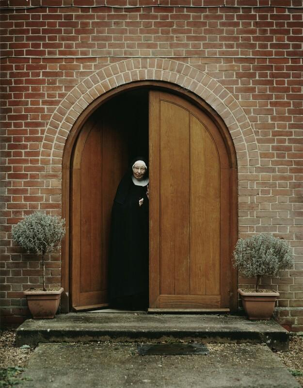 Wendy Beckett ('Sister Wendy'), by Lou Boileau, January 2006 - NPG x128692 - © Lou Boileau