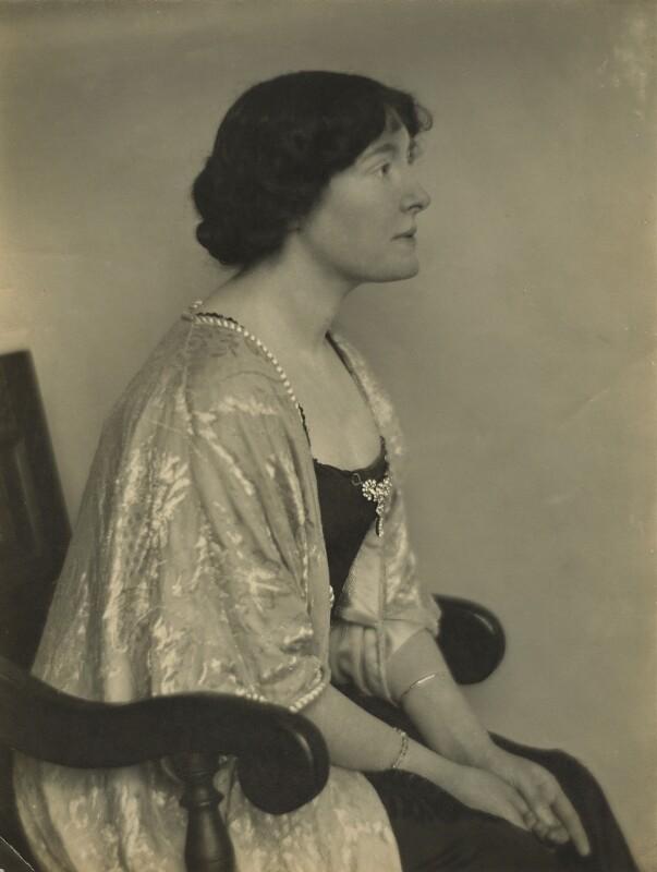 Irene Rooke, by Walter Benington, 1914 - NPG x26416 - © National Portrait Gallery, London