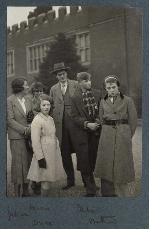 Visiting Hampton Court Palace, by Lady Ottoline Morrell, 1936 - NPG Ax143972 - © National Portrait Gallery, London