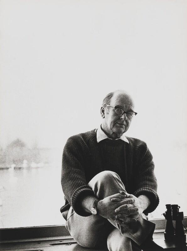 Sir Peter Markham Scott, by Godfrey Argent, 6 March 1969 - NPG x166040 - © National Portrait Gallery, London