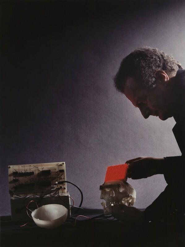 Igor Aleksander, by Alberto Arzoz, 1997 - NPG x88160 - © Alberto Arzoz / National Portrait Gallery, London