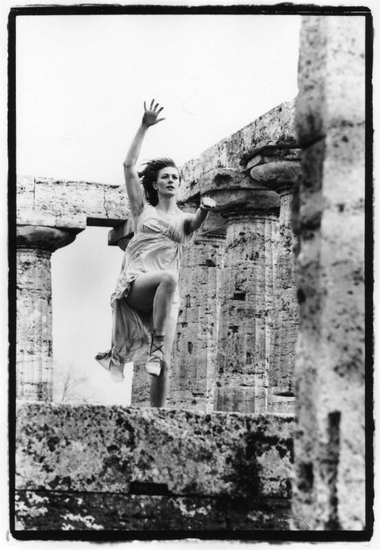 Vanessa Redgrave as Isadora Duncan, by Michael Seymour, 1968 - NPG x88164 - © Michael Seymour