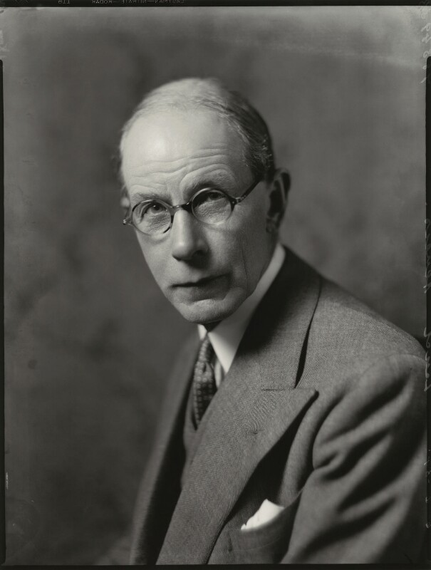 Robert Munro, 1st Baron Alness, by Bassano Ltd, 6 June 1934 - NPG x151132 - © National Portrait Gallery, London