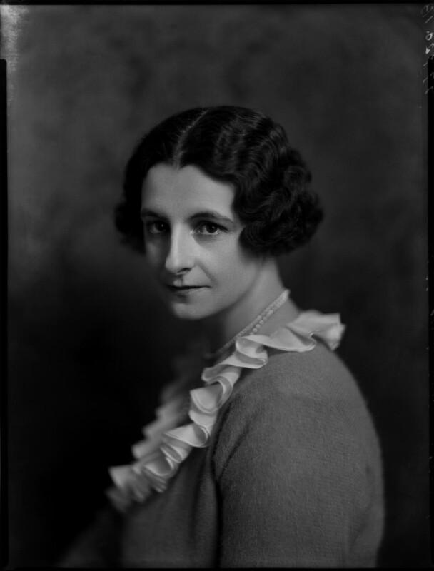 Mavis Constance Tate (née Hogg), by Bassano Ltd, 17 May 1935 - NPG x151335 - © National Portrait Gallery, London