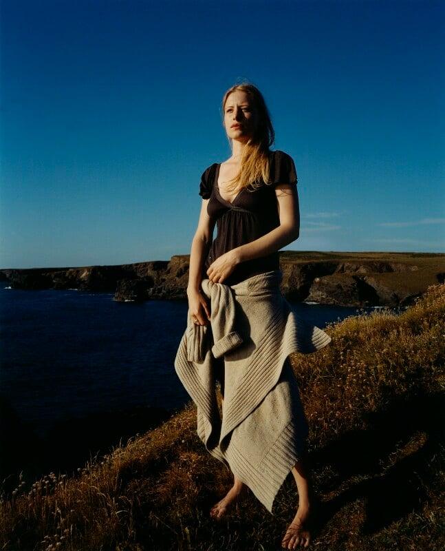 Iris Andrews, by Emma Hardy, 24 November 2006 - NPG x128778 - © Emma Hardy