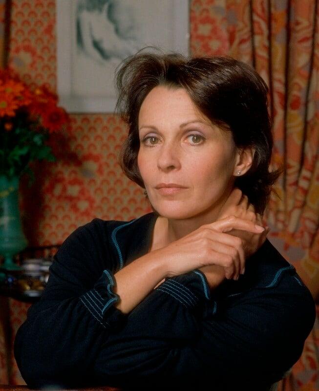 Claire Bloom, by Bernard Lee ('Bern') Schwartz, 7 November 1977 - NPG P1145 - © National Portrait Gallery, London