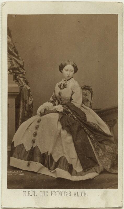 Princess Alice, Grand Duchess of Hesse, by John Jabez Edwin Mayall, February 1861 - NPG Ax39788 - © National Portrait Gallery, London