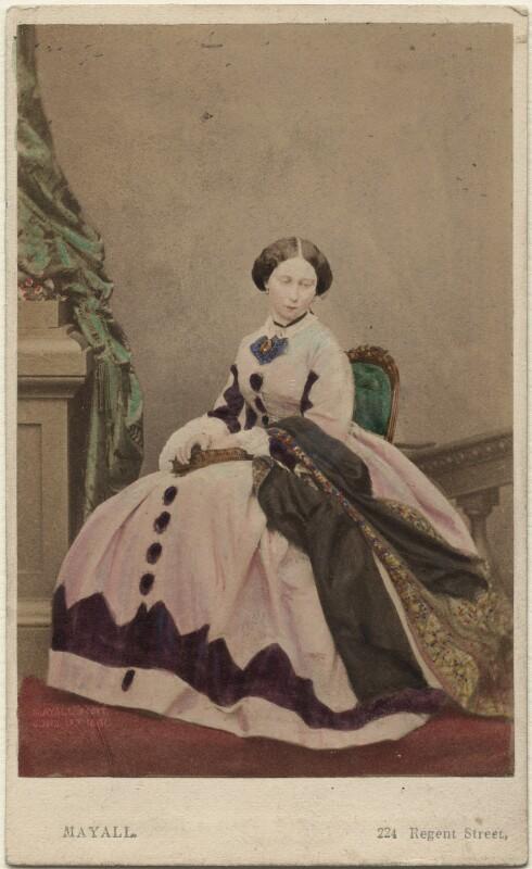 Princess Alice, Grand Duchess of Hesse, by John Jabez Edwin Mayall, February 1861 - NPG Ax46725 - © National Portrait Gallery, London