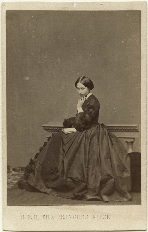 Princess Alice, Grand Duchess of Hesse, by John Jabez Edwin Mayall, 1860 - NPG x26114 - © National Portrait Gallery, London