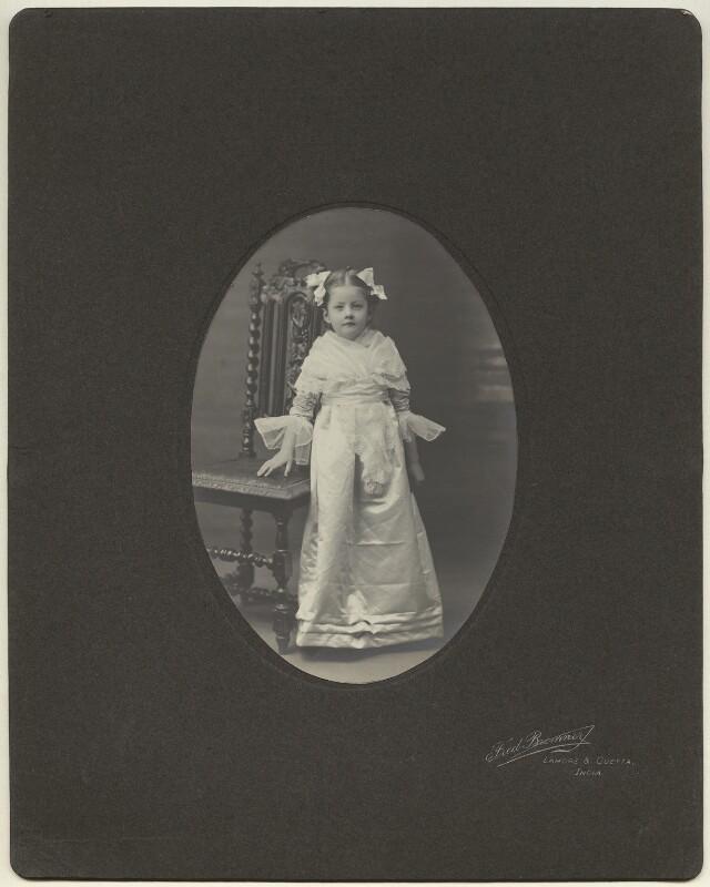 Julia Frances Strachey, by Fred Bremner, January 1906 - NPG x13086 - © National Portrait Gallery, London
