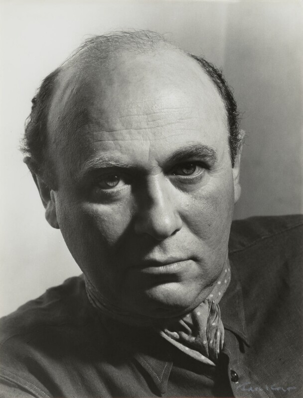 Josef Herman, by Ida Kar, circa 1955 - NPG x131096 - © National Portrait Gallery, London