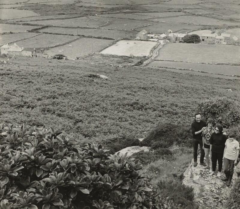 Patrick Heron; Delia Heron (née Reiss); Katherine Heron; Susanna Heron, by Ida Kar, 1961 - NPG x131103 - © National Portrait Gallery, London