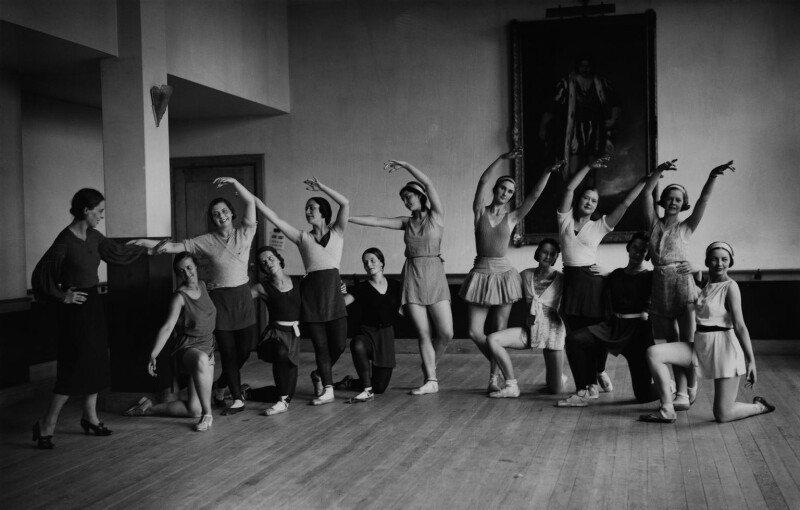 Ninette de Valois instructing pupils at Sadler's Wells Theatre, by James Jarché, for  Daily Herald, 5 September 1932 - NPG x131116 - © Mirrorpix