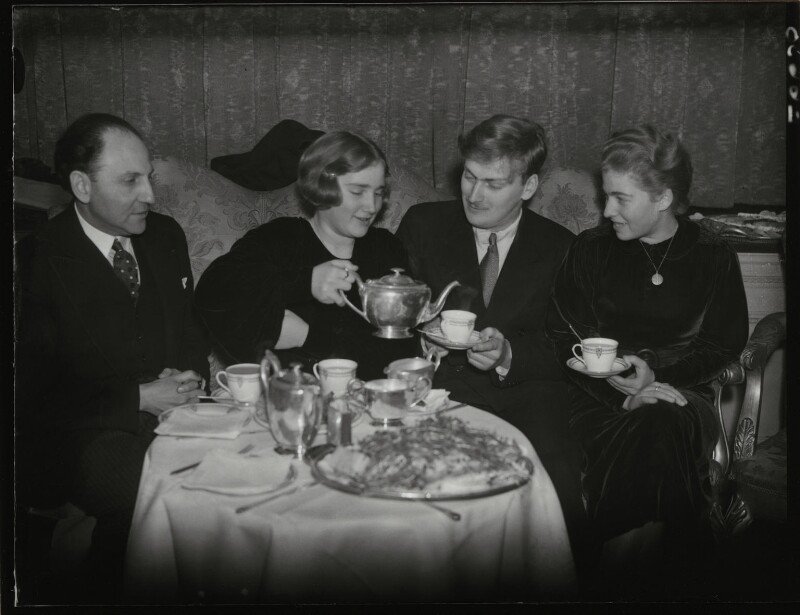 Marcel Ciampi, Hephzibah Menuhin, Yehudi Menuhin and Yaltah Menuhin, by Edward Malindine, for  Daily Herald, 13 January 1936 - NPG x131122 - © Science & Society Picture Library / National Portrait Gallery, London