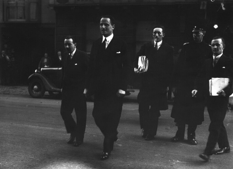 Oswald Mosley during his trial, by Hamlin, for  Daily Herald, 18 December 1934 - NPG x88280 - © Science & Society Picture Library / National Portrait Gallery, London