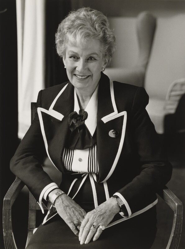 Dame Margaret Joan Anstee, by Julia Hedgecoe, 4 July 1998 - NPG P751(1) - © Julia Hedgecoe / National Portrait Gallery, London