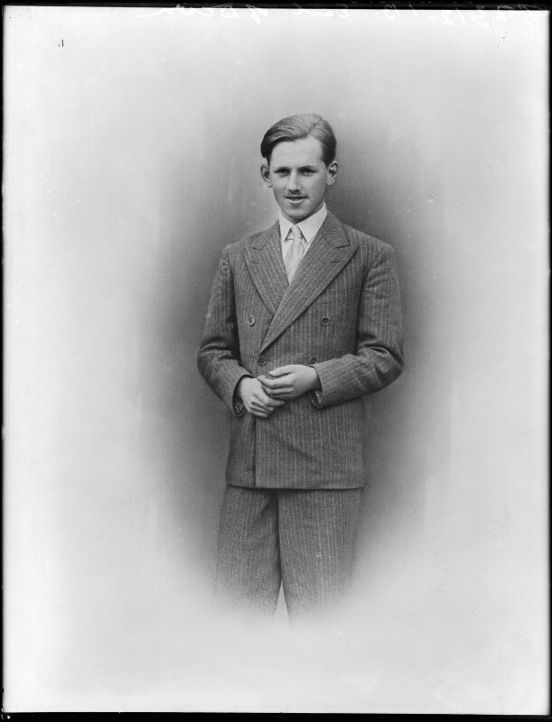 Charles Christopher Courtenay, 17th Earl of Devon, by Bassano Ltd, 27 July 1936 (21 January 1937) - NPG x152532 - © National Portrait Gallery, London