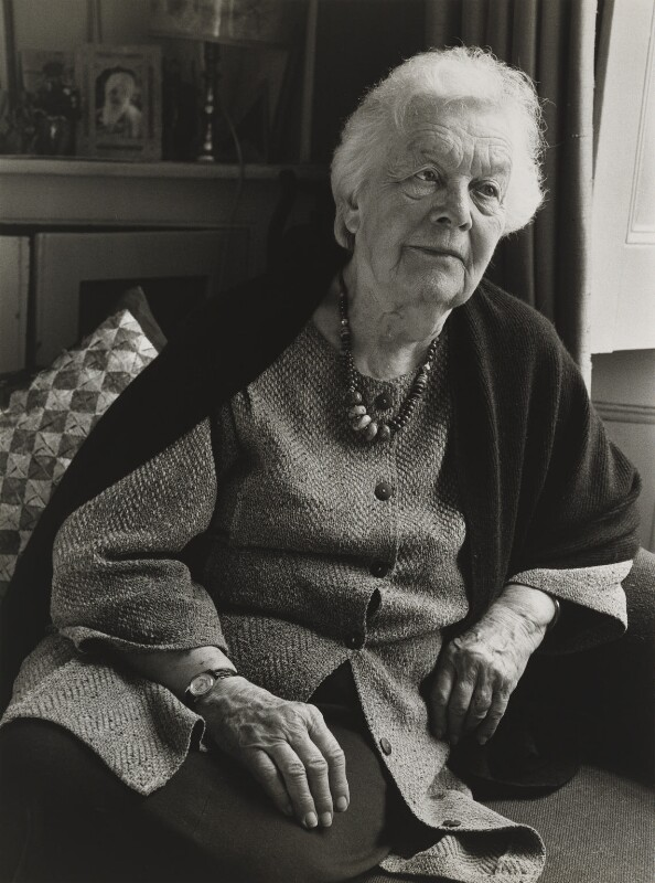 Kathleen Raine, by Julia Hedgecoe, 5 May 1998 - NPG P751(16) - © Julia Hedgecoe / National Portrait Gallery, London