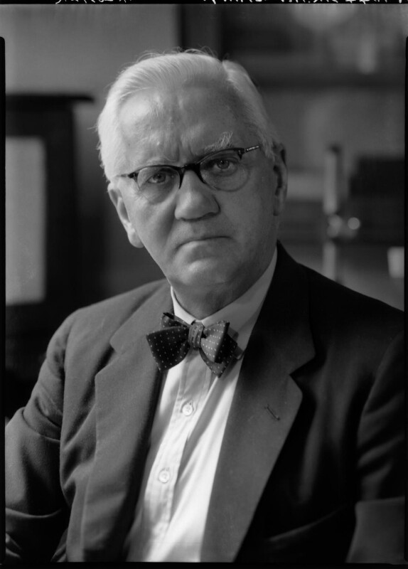 Alexander Fleming, by Howard Coster, 1954 - NPG x131363 - © National Portrait Gallery, London